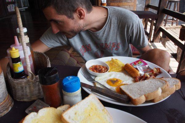 Breakfast at New Heaven